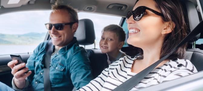 ¿Viajas en coche estas vacaciones? 5 consejos que debes conocer